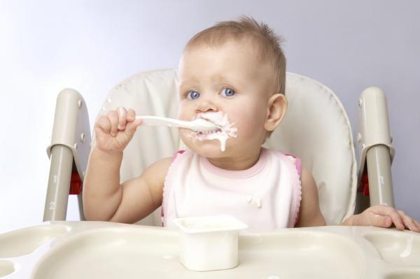 आप बच्चे शुरू कर सकते हैं 4 महीने में प्रातः नेतृत्व?